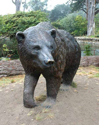 Grizzly Bear sculpture